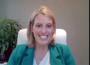 Outgoing SLAA President Amy Rigdon