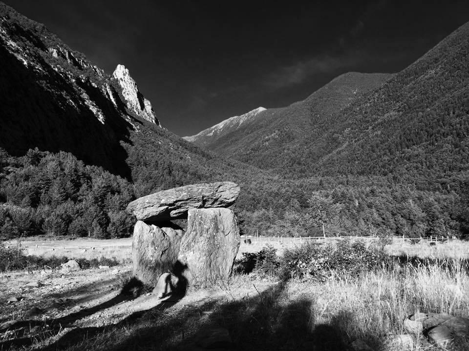 Simple Dolmen in the Pyrenean village of Hoz de Jaca, Huesca Province, Aragon, Spain.