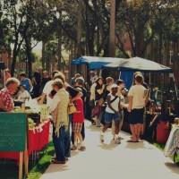 Hatter Harvest markets always attract a good crowd.